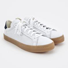 Adidas Court Vantage - White/Navy/Gum