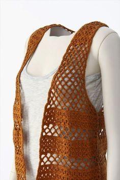 crochelinhasagulhas: Saia, xale e colete marrons em crochê