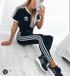grafika adidas, fashion, and outfit Chill Outfits, Sporty Outfits, Cute Casual Outfits, Fashion Outfits, Adidas Outfit, Pants Outfit, Dress Outfits, Dress Shoes, Dresses