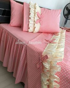 Discover recipes, home ideas, style inspiration and other ideas to try. Rose Comforter, Ruffle Duvet, Duvet Bedding Sets, Draps Design, Bed Cover Design, Designer Bed Sheets, King Size Bedding Sets, Kids Pillows, Bed Styling