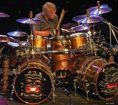Frank Beard, Drum Kits, Percussion, Drums, Music Instruments, Musical Instruments, Drum, Drum Kit
