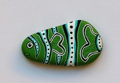 Hand Painted Stone Fish by ISassiDellAdriatico on Etsy, €15.00