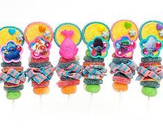 Artículos similares a 12 Candy Kabobs en Etsy