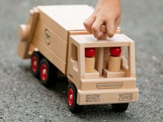 Fagus Werbefotografie - Little Toes Pictures - Photography by Sabine Doppelhofer Super, Wooden Toys, Montessori, Toys For Girls, Wood Art, Baby Boys, Advertising Photography, Product Photography, Woodworking Toys