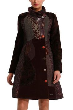 Great brown coat for a Spring...the animation in the buttons!