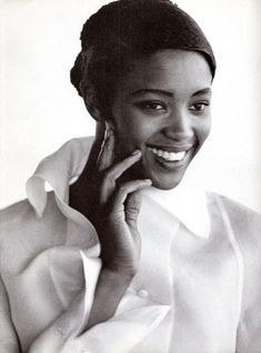 Vogue IT - Naomi Campbell - July-August 1988 - by Peter Lindbergh