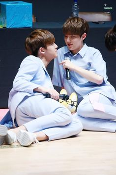 """""""Soongyu are THAT iconic ship just waiting for everyone to realize that"""" Mingyu Seventeen, Pledis Entertainment, Seungkwan, Boys Who, I Fall In Love, First Love, Hip Hop, Korea, Kpop"""