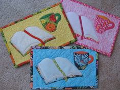 Hanging Quilts, Quilted Wall Hangings, Mug Rug Patterns, Quilt Patterns, Quilting Ideas, Sewing Crafts, Sewing Projects, Crafty Projects, Sewing Ideas
