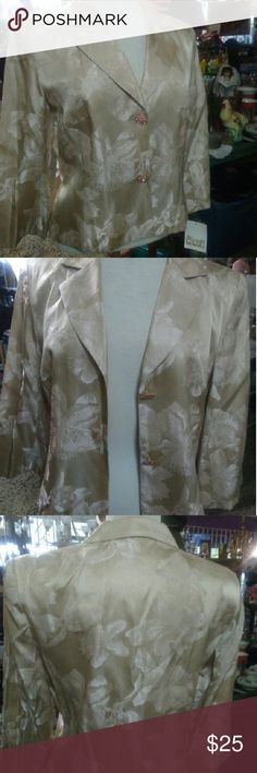 Donna Ricco Women's Jacket Beautiful Donna Ricco long sleeves women's jacket.  This gorgous jacket comes with a pink lining.  It also comes with two beautiful pink rhinestones bottons. Donna Ricco Jackets & Coats Blazers