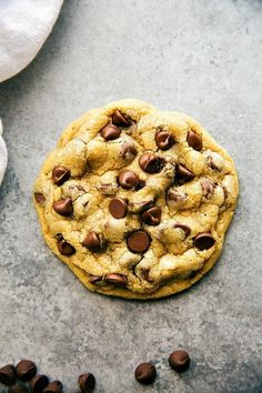 A small batch, single-serving-sized bakery style large chocolate-chip cookies. via chelseasmessyapron.com