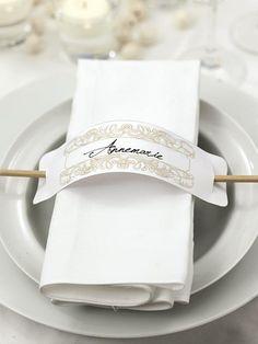 DIY wedding: Wonderful ideas, templates and instructions Wedding Table, Diy Wedding, Wedding Decorations, Table Decorations, Table Cards, Dinner Table, Wedding Stationery, Napkin Rings, Tea Party