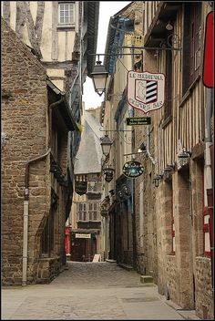 Medieval street | Dinan, Brittany, France