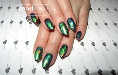 Manicure hybrydowy i matowy Glass effect SPN Nails UV laq Augergine 557