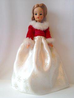 Vintage Pedigree Sindy Mam& Miss Sindy Dress mamselle VHTF Sindy Doll, Dolls, Doll Clothes, Christmas Ornaments, Holiday Decor, Vintage, Ebay, Dresses, Home Decor
