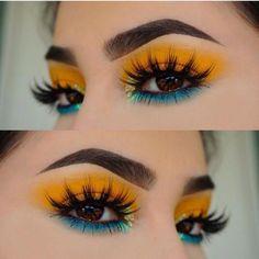 Yellow Makeup, Yellow Eyeshadow, Colorful Eye Makeup, Blue Eye Makeup, Smokey Eye Makeup, Eyeshadow Makeup, Eyeshadow Palette, Mac Makeup, Younique Eyeshadow