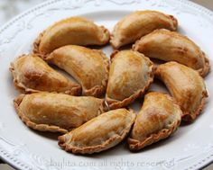 Empanadas / handpies / turnovers (recipe) | laylita || DIM: 1lb beef, 1 large onion, garlic cloves, mushrooms spices - filled 21 pastries.