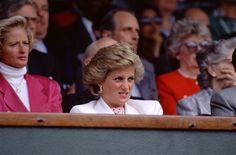 1990-07-06 Diana at Wimbledon during the Men's Singles Semi Finals