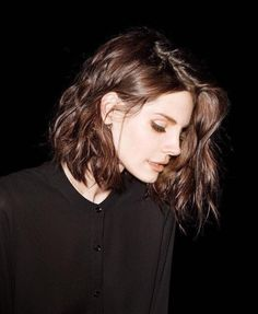 14 Messy Short Hair for Pretty Girls Elizabeth Woolridge Grant, Elizabeth Grant, Pretty People, Beautiful People, Mode Inspiration, Mode Style, Girl Crushes, My Hair, Short Hair Styles