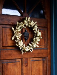 Dollar Store Skeleton Wreath