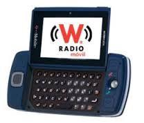 La telefonía móvil ofrece servicios mediante el empleo de una red de sitios celulares distribuida sobre un área amplia. Un sitio de la célulares que contiene un transceptor de radio y una estación base a controlador. La estación a base de que gestiona, transmite y recibe tráfico desde el móvil de radios en su área geográfica. Un sitio de célulares también tiene una torre y antenas, así como un enlace a un interruptor distante, que se llama la Oficina de Conmutación de Telefonía móvil (MTSO).