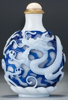 blue and white glass dragon snuff bottle