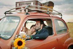 Seat 600 para #bodas. Promesa by Isabella Wedding Planners. #coches #preboda #postboda