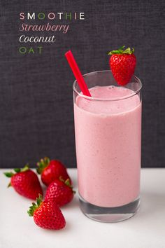 Strawberry Coconut Oat Smoothie - this is one of my new favorite breakfasts! Strawberries, banana, coconut Greek yogurt, oats and coconut/almond milk blend.