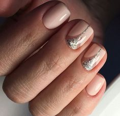 Bright manicure on short nails 2018-2019 pictures of fashion ideas