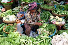 market-phnom-penh-cambodia.jpg 2,000×1,333 pixels