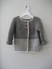 - Baby Ravelry: Woollahoos einfache Jacke … – Baby Kleidung Ravelry: Woollahoo's simple jacket … – Baby clothes - Knitting Patterns Boys, Baby Cardigan Knitting Pattern, Knitted Baby Cardigan, Knit Baby Sweaters, Baby Pullover, Knitting For Kids, Free Knitting, Quick Knits, Kind Mode