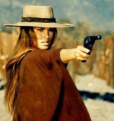 Raquel Welch, Hannie Caulder (1971)