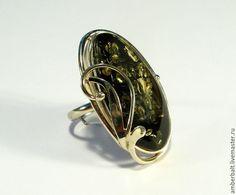 Янтарь. Кольцо с натуральным балтийским янтарем! в интернет-магазине на Ярмарке Мастеров. Кольцо с натуральным зелёным балтийским янтарем. Размер янтаря - 34 х 17 мм. Размер кольца - 19 мм (можно изменить) Оправа - мельхиор.