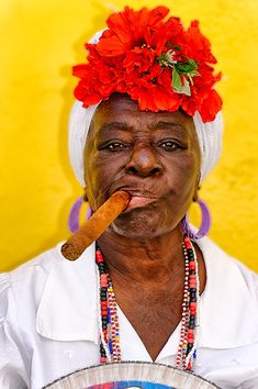 Havana's Finest Old City, Havana, Cuba Havana Nights Party, Havana Party, Cuban Women, Cuban Culture, Cuban Art, Cigar Girl, Light Works, Advanced Style, Havana Cuba