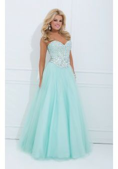 A-line Strapless Sleeveless Tulle Plus Size Prom Dresses/Evening Dress With Beading #FJ506 - See more at: http://www.victoriasdress.com/prom-dresses/plus-size-prom-dresses.html#sthash.b2vU9Uvq.dpuf