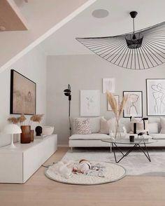 modern traditional decor - Home decor - Wohnzimmer Living Room Trends, Living Room Art, Living Room Inspiration, Interior Design Living Room, Home And Living, Small Living, Cozy Living, Modern Traditional Decor, Home Decor