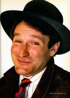 1985 #08-xx Gentlemen's Quarterly P153 [Featuring Robin Williams Photographed by Richard Avedon]