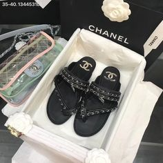 Chanel Brand, Chanel Shoes, Miu Miu Ballet Flats, Passion For Fashion, Leather Sandals, Slippers, Woman, Chain, Necklaces