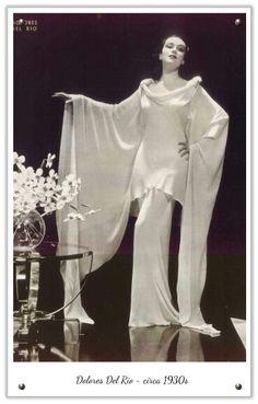 1930 Fashion with Dolores del Rio