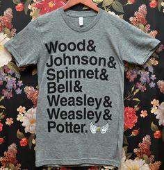 gryffindor quidditch team--geeking out. T Shirt Unicorn, Yer A Wizard Harry, Harry James Potter, Team Shirts, Mischief Managed, Geek Out, Boys Who, Hogwarts, Nerdy