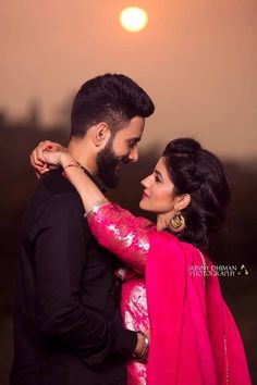Check more than 61 heart-melting couple hugs & kisses images to draw some inspiration for your wedding photoshoot. These hugs & kisses images of the couple can inspire you for your wedding shoot ideas. Photo Poses For Couples, Indian Wedding Couple Photography, Wedding Couple Poses Photography, Wedding Couple Photos, Couple Photoshoot Poses, Photography Ideas, Mehendi Photography, Photography Camera, Wedding Couples