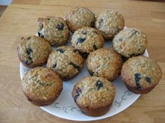 Les meilleurs muffins santé au gruau, bananes et bleuets