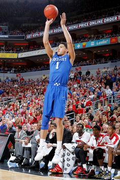 picture of devin booker my second favorite kentucky basketball player
