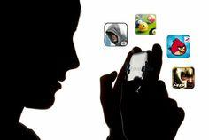 Empat permainan terbaik untuk perangkat cerdas bersistem operasi Android. Unduh dan mainkan di ponsel Android Kesayangan Anda.