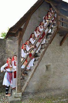 Albanian Folk, Albanian Costumes, Albanian Soul, National Costumes, Folk Costumes, Traditional Costumes, Albanian National