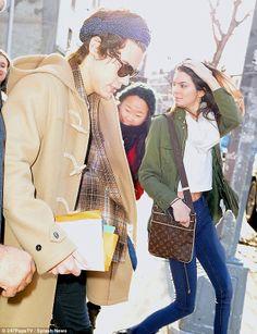 Kepergok Kencan Lagi, Kendall dan Harry Styles Diserbu Fans