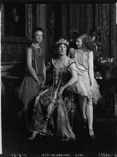 Lady Helen Maglona Walsh (née Vane-Tempest-Stewart); Edith Helen (née Chaplin), Marchioness of Londonderry; Lady Margaret Frances Anne Vane-Tempest-Stewart.