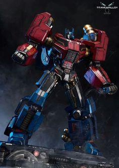 Titanium Alloy Fall of Cybertron Optimus Prime Statue Revealed - Transformers News - Transformers Cybertron, Transformers Bumblebee, Transformers Optimus Prime, Gundam, Marvel, Thundercats, Cultura Pop, Comic Character, Fantasy Armor