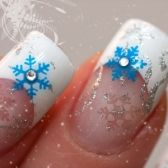 ¡Conoce todas nuestras fotos de uñas decoradas para las fiestas! Haz click en la imagen.