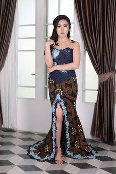 Kebaya Lace, Kebaya Hijab, Batik Kebaya, Kebaya Dress, Kebaya Muslim, Model Kebaya Modern, Kebaya Modern Dress, Model Dress Batik, Batik Dress
