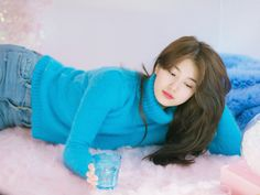 "SUZY 2018 SEASON'S GREETINGS ""Twitter"""
